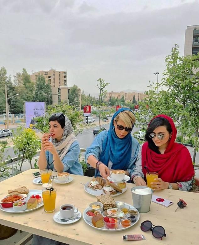 Khăn trùm đầu Iran